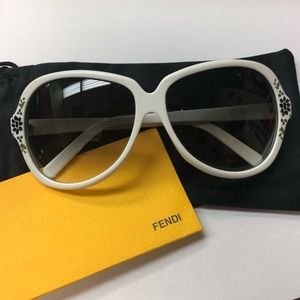 Fendi FS374 Sunglasses